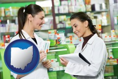 ohio map icon and two pharmacists in a drug store